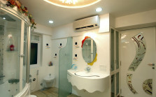Use Of Glass In Bathroom And Kitchen Space