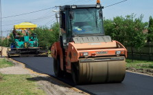 Pune municipal commissioner opposes excessive road construction